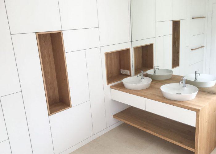 individuelle Badezimmermöbel Schreinerei